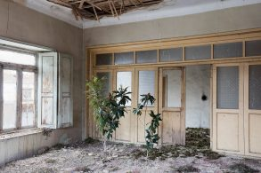 gohar Gohar Dashti's Photographic Elegy on Abandoned Houses Gohar Dashtis 6 293x195