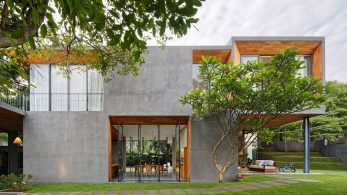 tamara wibowo's Pivoting doors offer breezes and views at Tamara Wibowo's Indonesian home pivoting doors offer breezes views tamara wibowos indonesian home 3 347x195