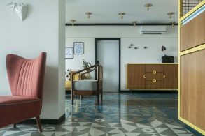 MuseLAB Tiles an Apartment with 21st-Century Art Deco Sophistication muselab MuseLAB Tiles an Apartment with 21st-Century Art Deco Sophistication muselab tiles an apartment in mumbai with 21st century art deco sophistication 6 293x195