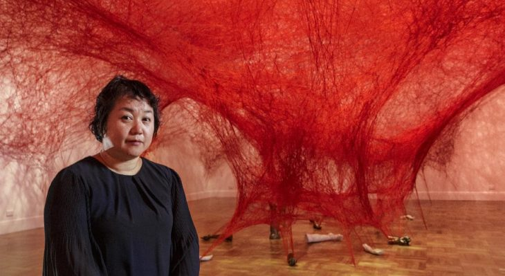 [object object] Chiharu Shiota weaves an amazing Japanese installation chiharu shiota weaves amazing japanese installation 7 730x399