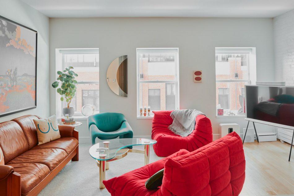 Marc Rebillet, art, style, home, manhattan, vintage, colourfull, mordern marc rebillet Marc Rebillet's Manhattan Apartment is as charming as him AD Marc Rebillet 00040 scaled