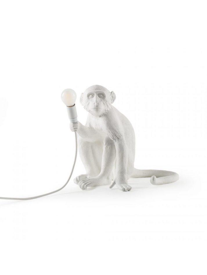 marcantonio Marcantonio   The playful artist Lampada Da Tavolo Monkey Sitting Outdoor H 32 cm Bianco Seletti Marcantonio Raimondi Malerba scaled